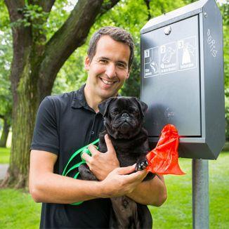 Rene Zimmermann, Pate für Hundekottütenspender