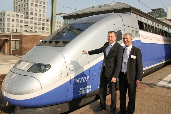 Oberbürgermeister Dr Peter Kurz und HansJürgen Vogt